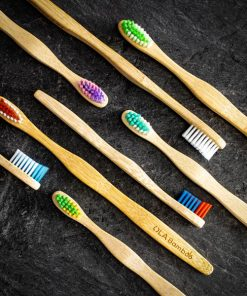 Paquet familial de brosses a dents en bambou - 4 Adultes et 4 enfants