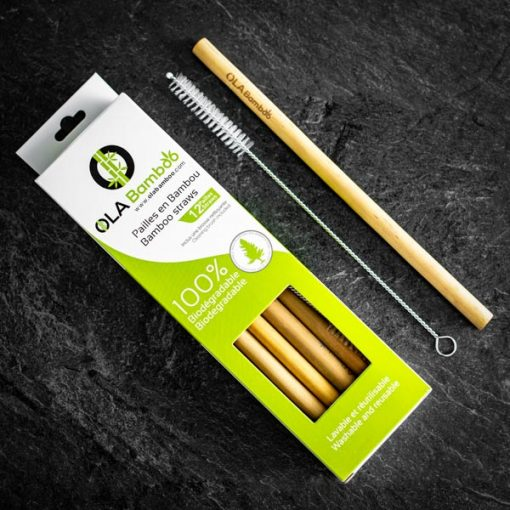 Bamboo straw with cleaning brush in recyclable packaging
