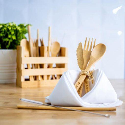 Ustensilse et pailles en bambou